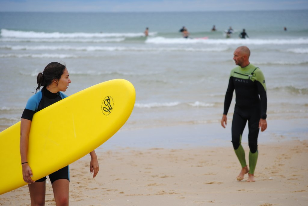 private individual surf lessons moliets france, top professional tuition, private surf lessons