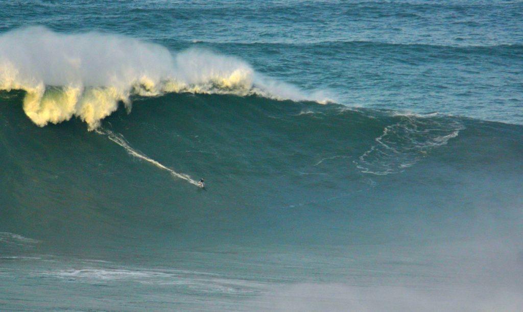 Massive winter waves